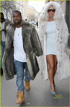 kanye west coats kanye west fur coat photo 2410615