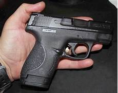 Smith And Wesson M P Shield 9mm Light Smith And Wesson M Amp P Shield Range Review