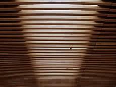 controsoffitto termoisolante controsoffitto doghe legno pannelli termoisolanti