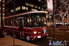 Chicago Lights Trolley Hop On The Heated Chicago Holiday Lights Trolley Tour 2018
