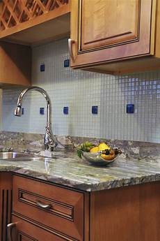 How To Backsplash How To Remove A Granite Backsplash From A Wall Hunker