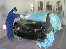 Auto Body Painter A Basic Guide To Auto Body Painting And Repair Carfab Com