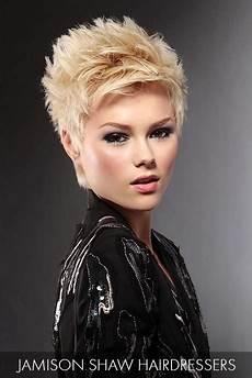 kurzhaarfrisuren asymmetrisch blond pin by densmore on hair spikey hair hair