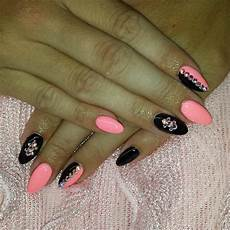 Black White And Pink Nail Designs Black And Pink Nail Designs Design Trends Premium Psd