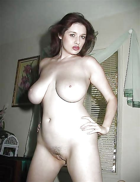 Boob Naked Showing Woman