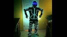 How To Make A Black Light Shirt How To Make An El Wire Light Suit And Faq Youtube
