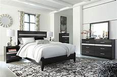 Signature Design By Starberry 4 Piece Queen Bedroom Set Starberry Panel Bedroom Set By Signature Design By