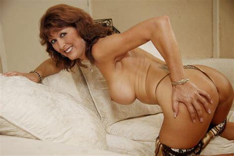 Vecchie Troie Nude