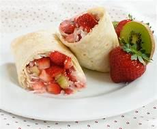 summer fruit dessert burritos baked in