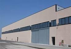 capannone industriale prefabbricato prefabbricato a mezzani parma prefabbricati