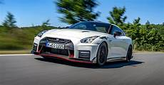 2020 nissan gtr nismo hybrid 2020 nissan gt r nismo is a 600 hp track weapon page 2