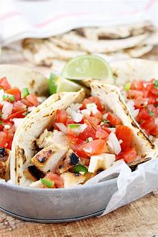grilled chicken fresco tacos bakes cakes