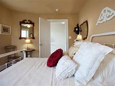 guest bedroom pictures from cabin 2011 diy network