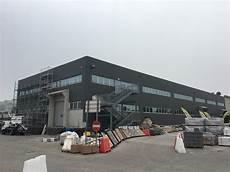 capannone industriale prefabbricato tinteggiare un capannone con pittura per facciate