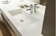 pulizia corian piani per cucina e bagno in corian