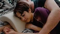 cuscino fidanzato se ami dormire abbracciata al tuo fidanzato questo