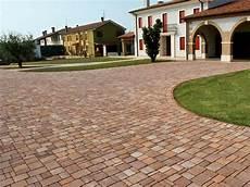 pavimentazione cortili pavimentazioni autobloccanti modena reggio emilia