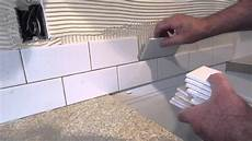 how to install a simple subway tile kitchen backsplash - How To Install Kitchen Backsplash Tile