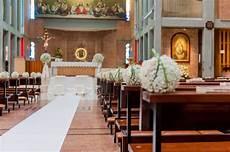 tappeto matrimonio chiesa decorazioni matrimonio in chiesa foto design mag
