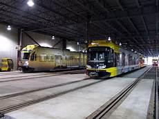 Light Rail Line Minneapolis Minneapolis Tramway Network The Hiawatha Light Rail Line