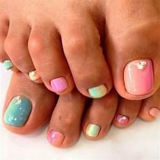 Cute Beach Toenail Designs 51 Adorable Toe Nail Designs For This Summer Stayglam