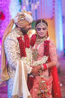 About Weeding 8 Stunner Indian Wedding Couple Images To Inspire The