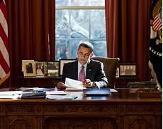 President Obama Oval Office President Barack Obama At Resolute Desk In The Oval Office