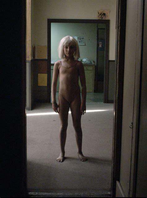 Rebecca Night Topless