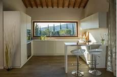 cucina con cucina con vista farmhouse kitchen florence by