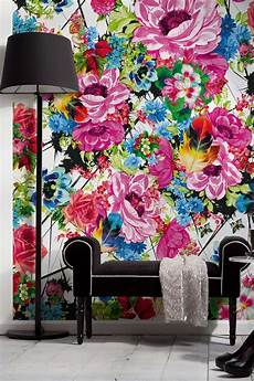 Bold Wallpaper Designs Wow Love The Large Bold Pink Fuchsia Flowers Mixed With