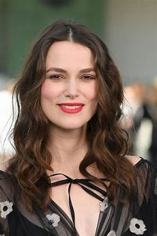 pregnant keira knightley at chanel cruise collection 2020