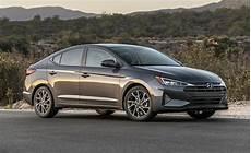 2019 hyundai elantra limited look 2019 hyundai elantra sedan preview ny daily news