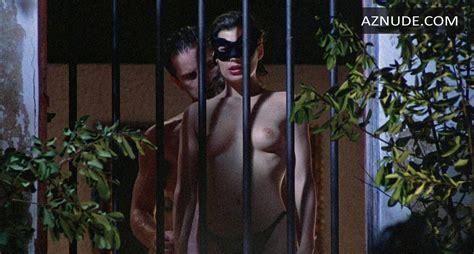 Naked Woman Ascii
