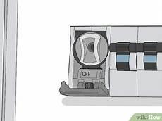 Halogen Light Fixture Not Working Simple Ways To Change Halogen Light Bulbs 14 Steps