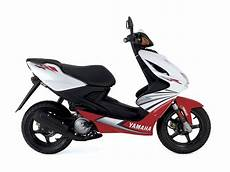 Yamaha Aerox Werkzeughudy by 2007 Yamaha Aerox R Scooter Pictures Specifications
