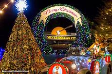 Branson Mo Christmas Light Show The Top 14 Christmas Towns In Missouri