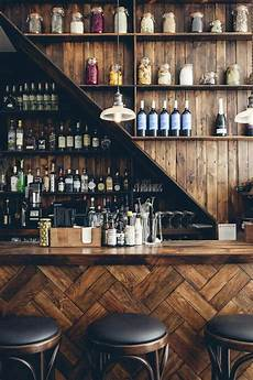 Back Bar Design Photos Kind Of Cool Way To Break Up The Bar Wall Decora 231 227 O De