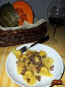 tortelli di zucca mantovana i tortelli di zucca alla mantovana ricette di cultura