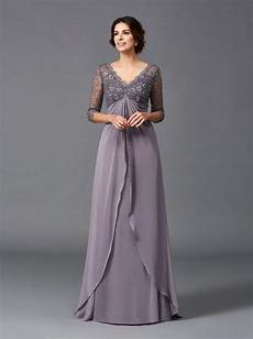 empire waist of the dress with 3 4 sleeves