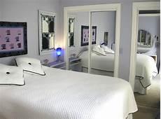 Sliding Closet Doors For Bedrooms 10 Rooms Featuring Sliding Mirror Closet Doors