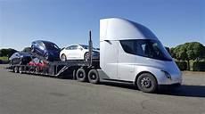 2020 tesla semi here is a tesla semi truck carrying a tesla car carrier