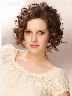 how to get stunning medium length curly hair for all occasions