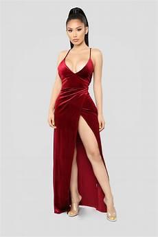 angelique velvet maxi dress burgundy