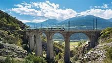 treno a cremagliera svizzera treno con vista le pi 249 tratte panoramiche della