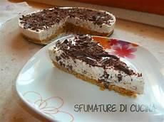 torta allo yogurt bicchieri torta fredda allo yogurt e scaglie di cioccolato