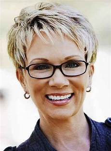 kurzhaarfrisuren rundes gesicht brille hairstyles for grey hair hairstyles for