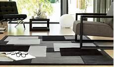 tappeti da salotto moderni tappeto a quadri grigio nero ae 646 67 webtappeti it