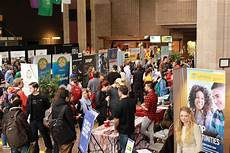 What Happens At A Career Fair Career Fairs Lakehead University