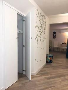 armadio per ingresso casa corridoio di accesso alla stanza con armadio a muro foto
