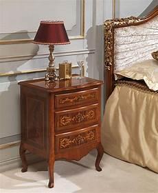 da letto antiquariato da letto classica louvre comodino in noce con